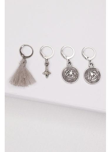 New Obsessions Madalyon Küpe Seti Gümüş